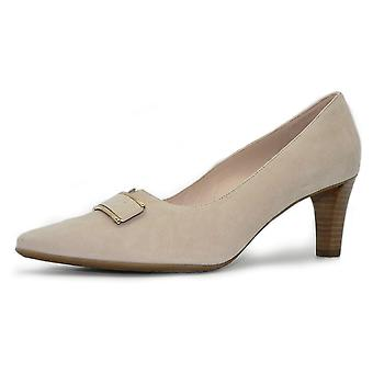 Peter Kaiser Mary Heel Court Shoe In Sand Suede