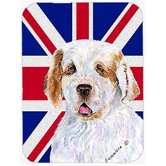 Clumber Spaniel med engelska Union Jack brittiska flaggan glas skära styrelsen stora S