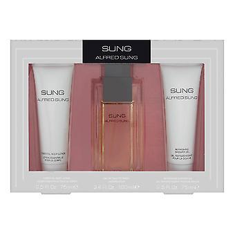 Sjungs av Alfred Sung för kvinnor 3 Piece Setet innehåller: 3,4 oz Eau de Toilette Spray + 2,5 oz eterisk Body Lotion + 2,5 oz uppfriskande duschgel