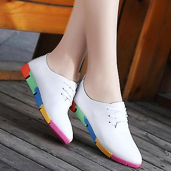 सांस लेने योग्य वास्तविक चमड़े के फ्लैट्स जूते महिला स्नीकर्स