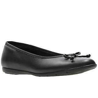 Обувь Clarks Джесси обуви девушки ступень школы