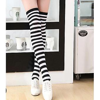 Diz Üzerinde Uzun Şerit Baskılı Uyluk Yüksek Çizgili Pamuk Çorap