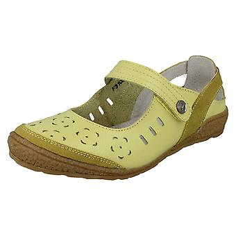 Ladies Down To Earth Flat Heeled Shoe