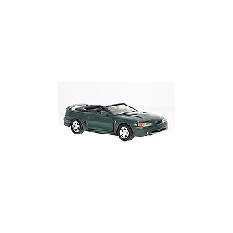 MotorMax Motormax - 1998 Ford SVT Cobra Green  1:24