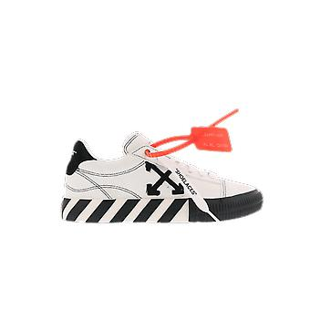 OFF WHITE New Arrow Low Vulcanized White OWIA216E20LEA001110 shoe