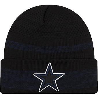 New Era Dallas Cowboys NFL Sideline Tech 2021 Cuff Beanie Hat - Black