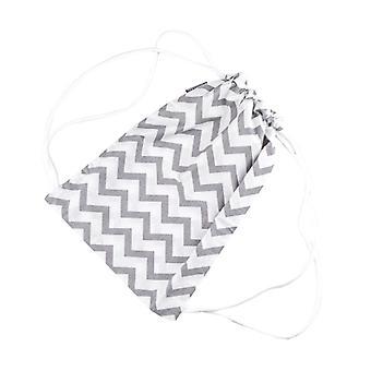 Saco de ginástica Puckdaddy Svea 29x38cm saco com cordão com padrão Chevron em branco