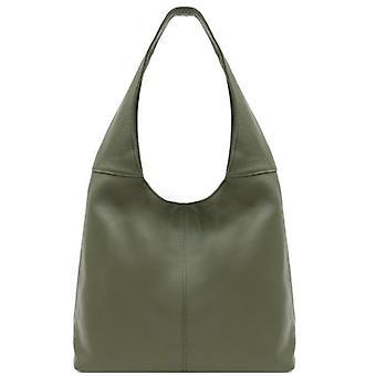 Olivgrön mjuk pebbled läder hobo väska