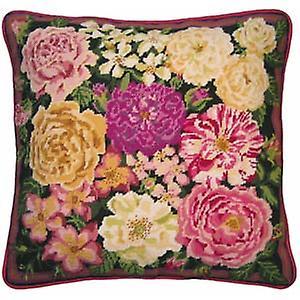 Rose Garden Tapisserie Toile