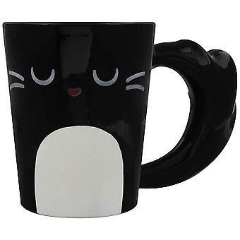 חתול שחור לאטה בחנות מלאכת טוחן