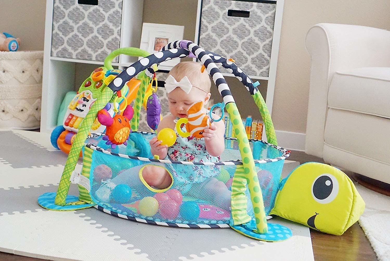 LaDiDa Baby Gym avec la bille de balle Baby Turtle