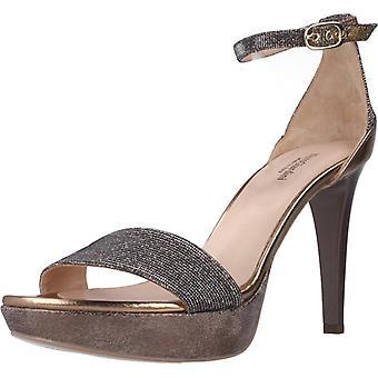 Nero Giardini Sandals E012831 door Kleur 327