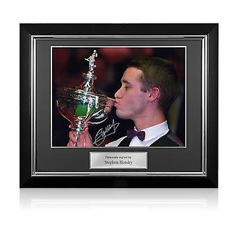 Stephen Hendry signerad Foto: World Snooker Champion. Deluxe ram