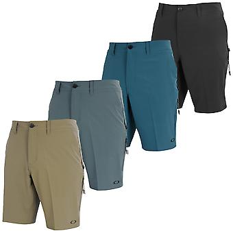 Oakley Mens Icon Chino Hybrid 20 Quick Drying Shorts