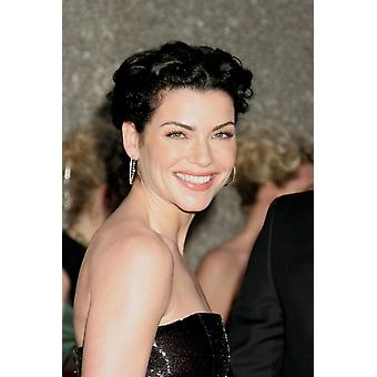 Julianna Margulies At Arrivals For American Theatre WingS 60Th Annual Tony Awards - Arrivals Radio City Music Hall New York Ny June 11 2006 Photo By Rob RichEverett Collection Celebrity