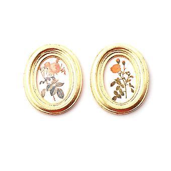 בית בובות 2 ציורי תמונות פרחים במסגרות זהב סגלגל אביזר מיניאטורי