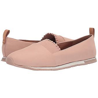 Gentle Souls Women's Luca Ruffle Slip-on Sporty Flat Sneaker