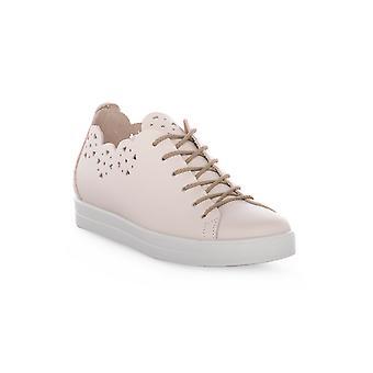 Igi & co flower heavy beige shoes