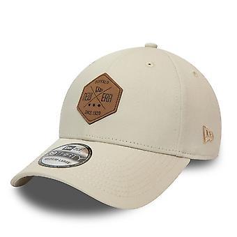 New Era 39Thirty Stretch Cap - HEX PATCH stone beige