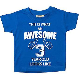 これは何の素晴らしい 3 年古いに見えるようなブルー t シャツです。