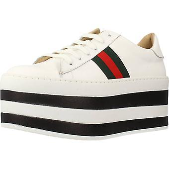 Gele sport/Stir White schoenen