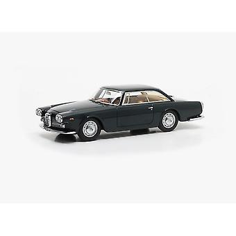 Alfa Romeo 2000 Praho Touring (1960) Resin Model Car