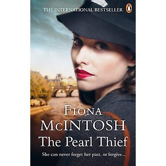 The Pearl Thief by Fiona McIntosh