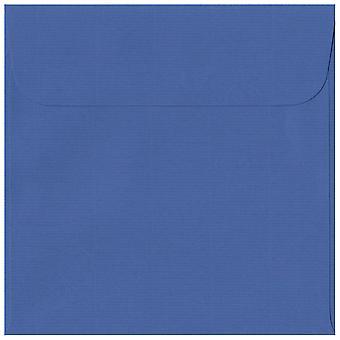 Royal Blue Peel/Seal 160mm kvadrat farvet blå konvolutter. 100gsm schweiziske Premium FSC-papir. 160 mm x 160 mm. tegnebog stil kuvert.