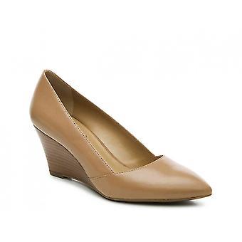 Franco Sarto Womens iliza Pointed Toe Casual Slide Sandals