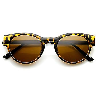 Fashion Keyhole Metal Temple Oval Horn Rimmed Sunglasses