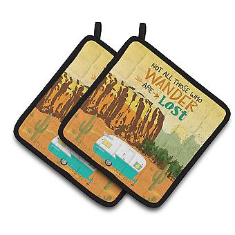 Carolines Treasures  VHA3025PTHD Retro Camper Camping Wander Pair of Pot Holders