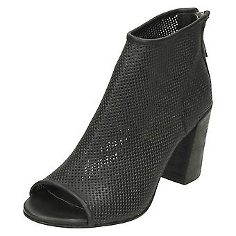 Dames Savannah geperforeerde Peep Toe enkel laarzen F10598