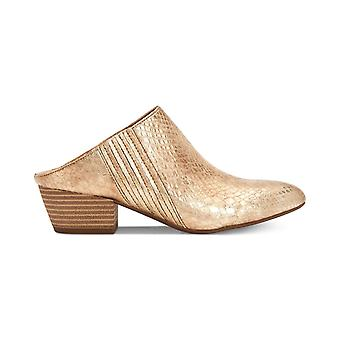 BCBGeneration Womens Lori Almond Toe Mules