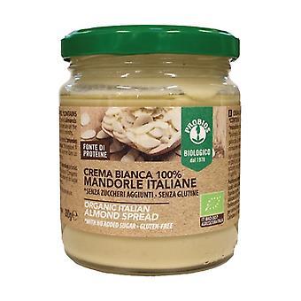 Valkoinen kerma 100% italialaisia manteleita Ei mitään