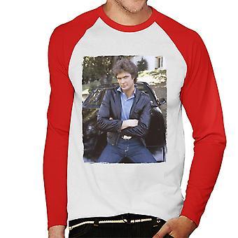 Knight Rider Michael Knight lutar sig på KITT Män's Baseball Långärmad T-shirt