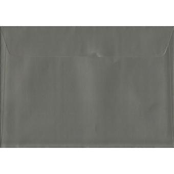Peel/phoque gris Gunmetal C5/A5 couleur gris enveloppes. Papier certifié FSC de luxe 130gsm. 162 mm x 229 mm. enveloppe de Style portefeuille.