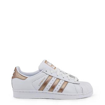 Adidas Original Unisex All Year Sneakers - White Color 36715