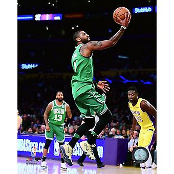 Kyrie Irving 2017-18 toiminta Photo Print