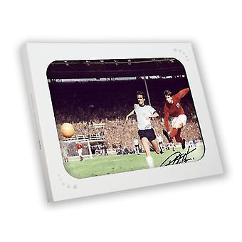 Geoff Hurst undertecknade England fotboll Foto: 1966 World Cup. I presentförpackning