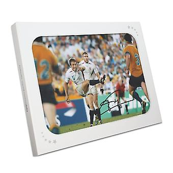 Jonny Wilkinson ondertekend 2003 Rugby World Cup Photo: Moment van glorie. In geschenkverpakking