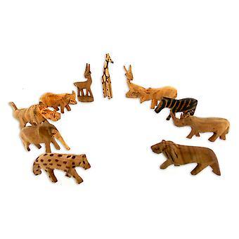 Käsin veistettyjä Puueläimiä Figurine-7 kpl (2L x 5S)