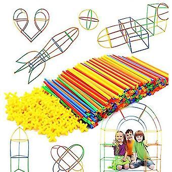 Costruzione di materiali per l'area e inserimento di blocchi di costruzione di giocattolo di paglia (300 pezzi)