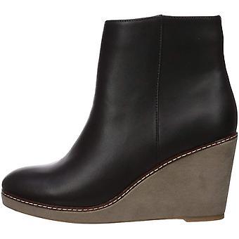 kensie Women's Hatley Fashion Boot