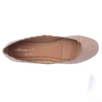 Athena Alexander Womens Taffy Closed Toe Ballet Flats
