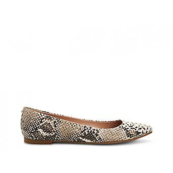 BCBGeneration Womens Millie Pointed Toe Slide Flats