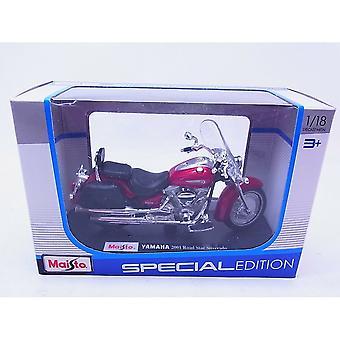Maisto Motorbike 1:18  Yamaha 2001 Road Star Silverado - Red
