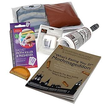 Caraselle Knitwear Care Pack con Lint Roller, Defuzzer Shaver & Comb, Sweater Bag & Moth Killer Sachet & Moth Book