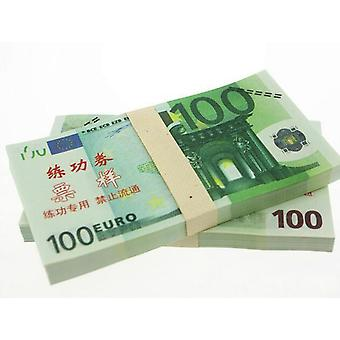 Play money-100 euros (100 banknotes)