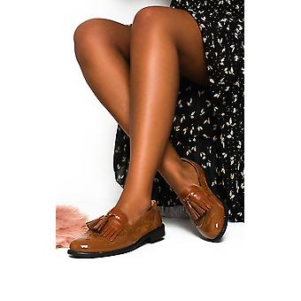 IKRUSH Womens Sara Faux Leather Tassel Brogue Flats