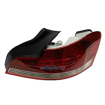 Hella 009615101 Tail Lamp Assembly/OE Replacement RH(Passenger) Side Tail Lamp Assembly/OE Replacement